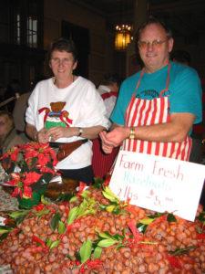 XMas_Market 2004 Peter and Liz